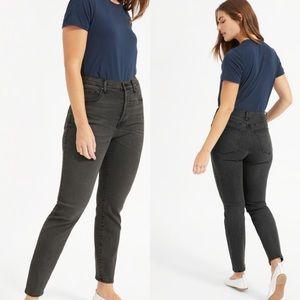 Everlane High-Rise Slim Straight Ankle Jean 30